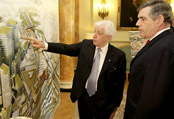 (left, Westfield Chief Frank Lowy talks shop with office boy, Gordon Brown)